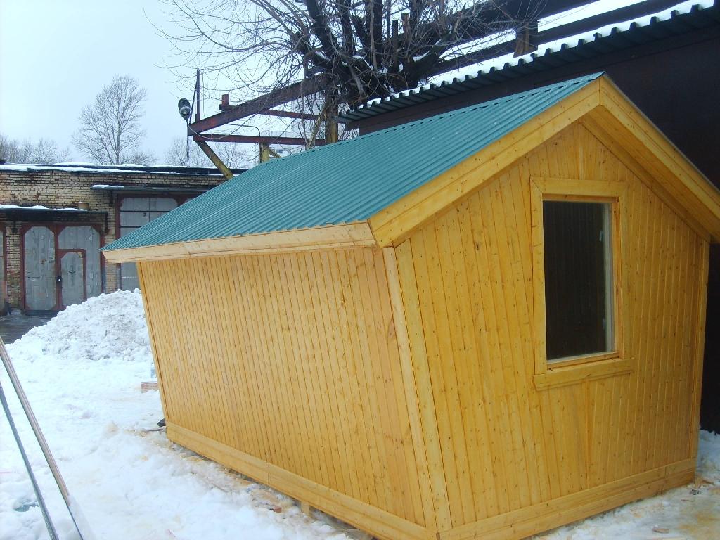 Деревянный домик-беседка для дачи